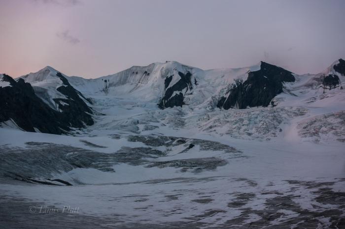 Icefall Peak and Gulkana Group-42