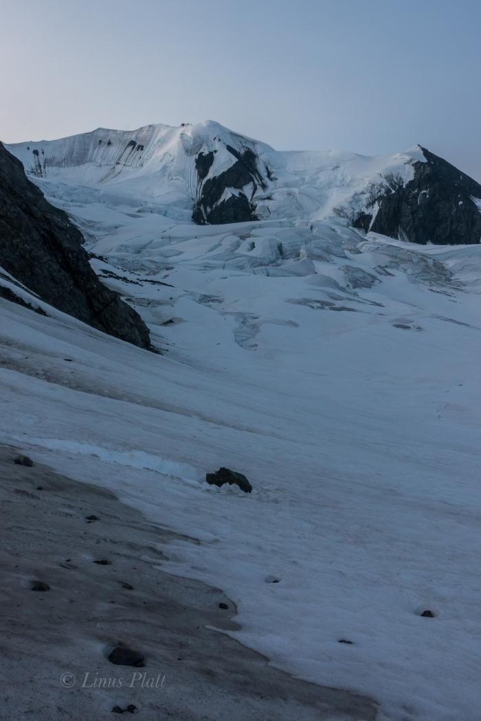 Icefall Peak and Gulkana Group-49
